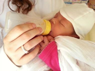 Die Säuglingsposition: Baby und Mutter